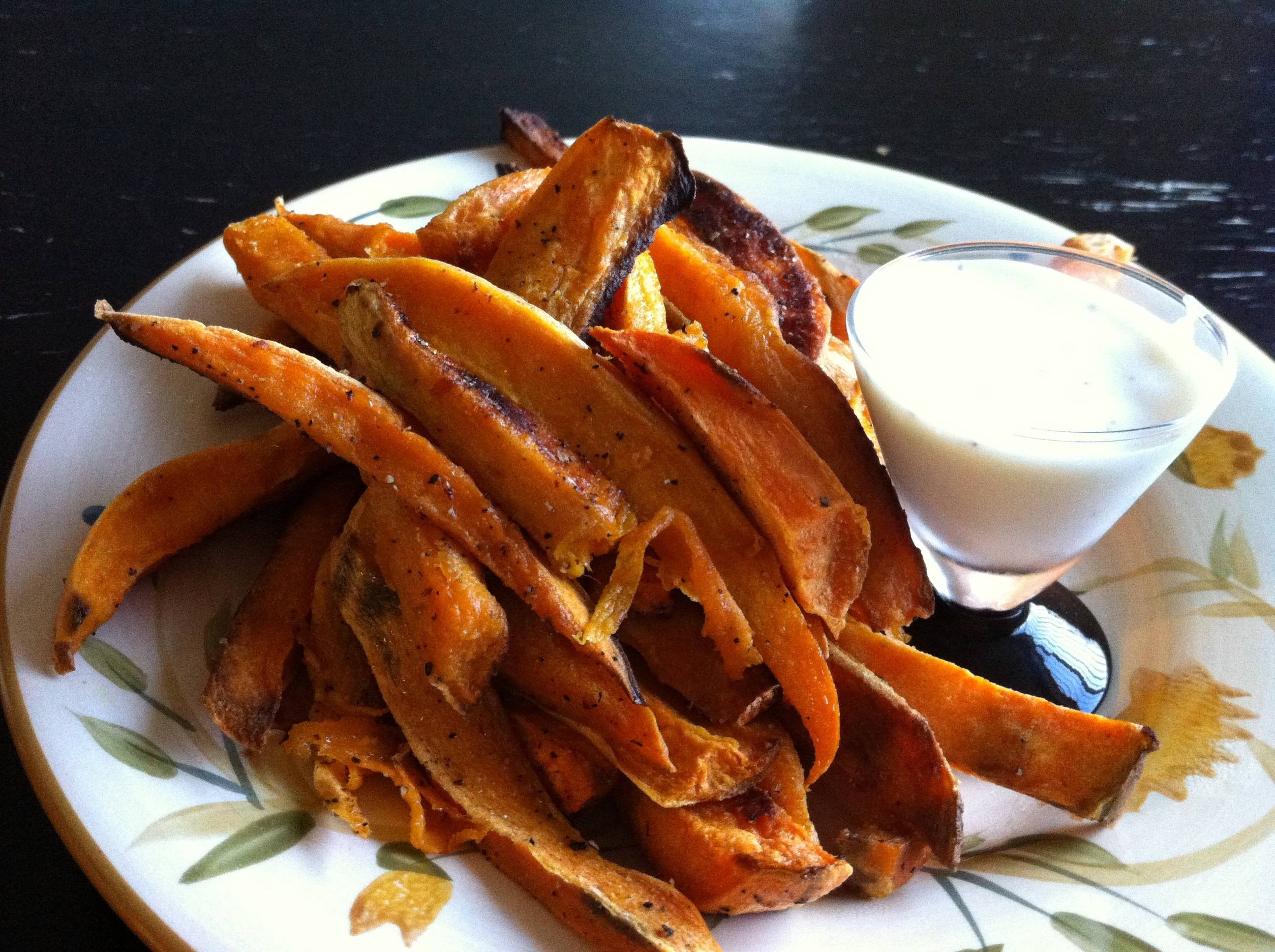 sweet potato fries and sauce